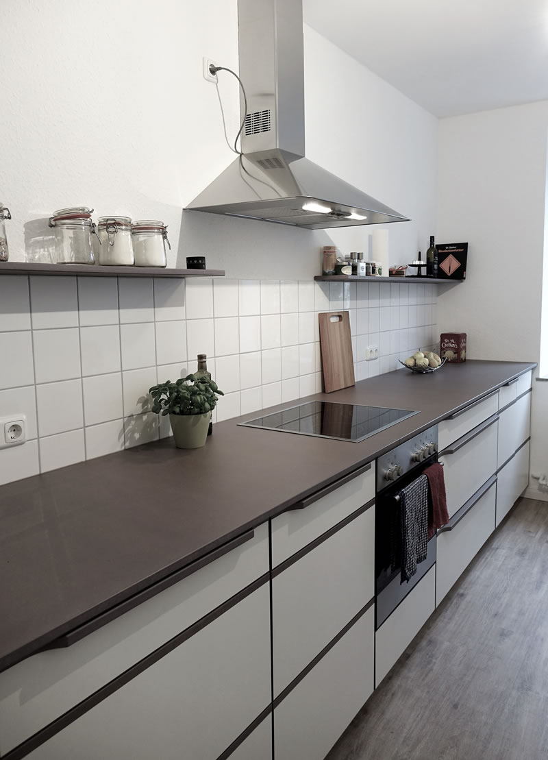 wie waschmaschine in k che integrieren kacheln k che wei. Black Bedroom Furniture Sets. Home Design Ideas